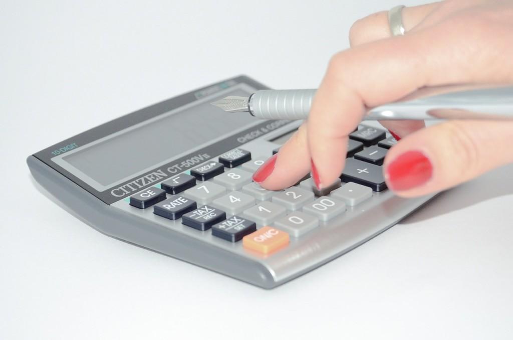 calculator-428294_1280-1